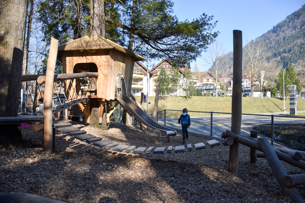 Unterkunft Reka-Ferienresort Swiss Holiday Park Morschach Schwyz Schweiz Spielplatz Waldpark
