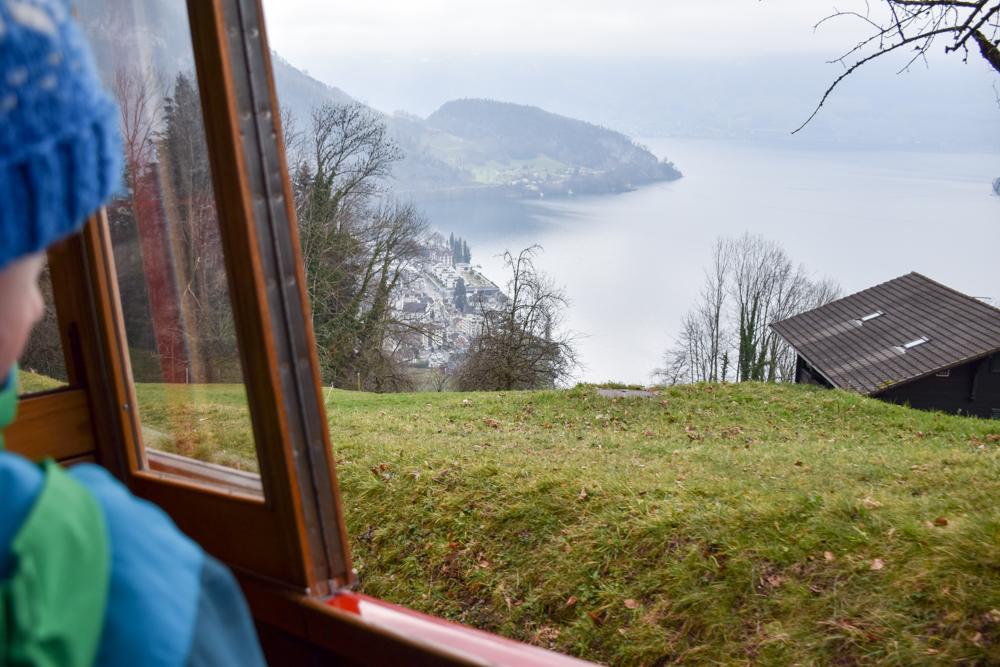 Winterwanderung Rigi Ausflug Familie Zentralschweiz Aussicht Rigibahn Vierwaldstättersee