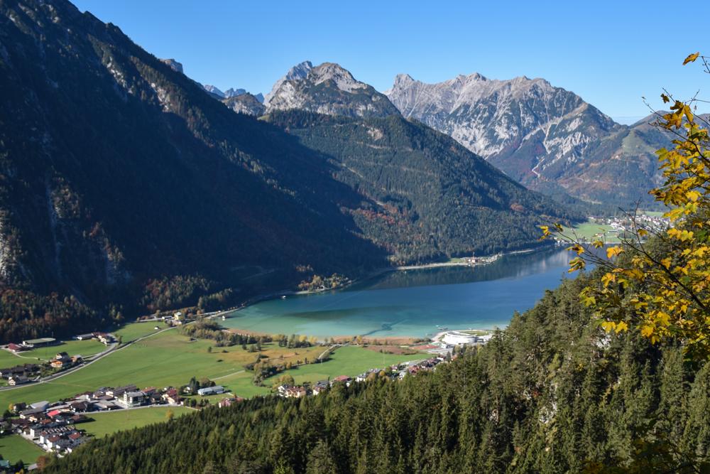 Kristallklares Wasser Achensee Tirol Österreich