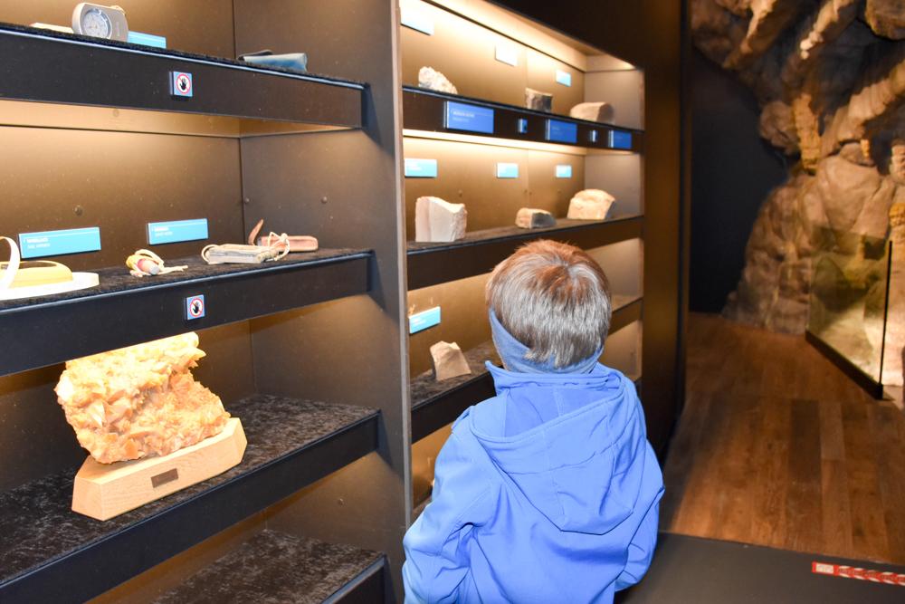 Interlaken Berner Oberland Schweiz mit Kind Museum St. Beatus Höhlen