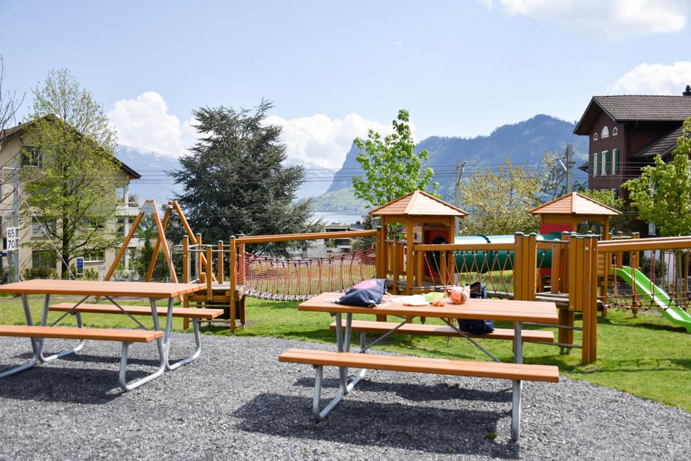 Interlaken Berner Oberland Schweiz mit Kind Spielplatz Hergiswil Vierwaldstättersee