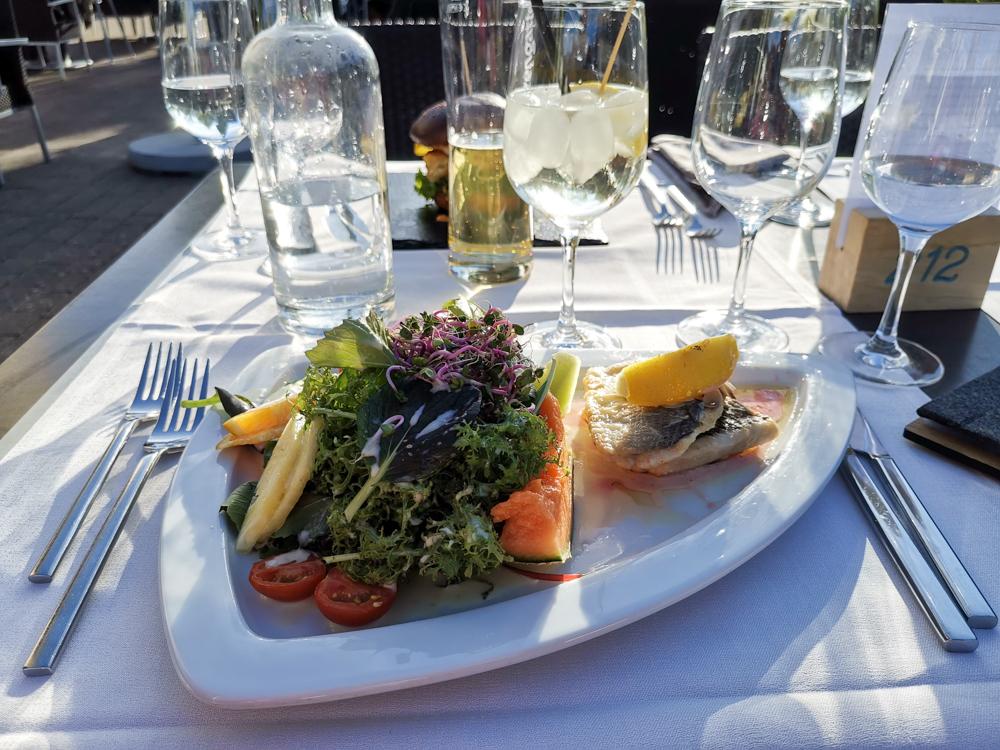 Spielerlebnis Walensee Heidiland Schweiz Restaurant Marina Walensee feines Essen