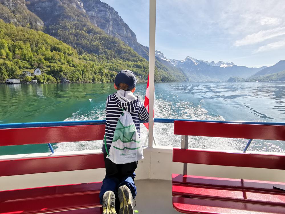 Spielerlebnis Walensee Heidiland Schweiz Schifffahren