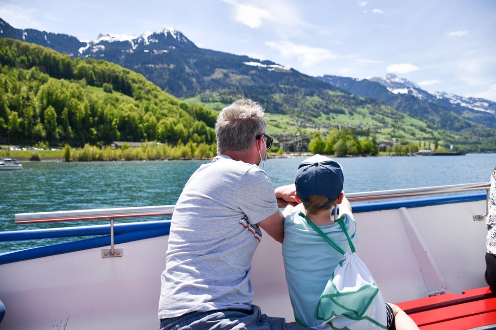 Spielerlebnis Walensee Heidiland Schweiz Schifffahrt mit Kind Walensee