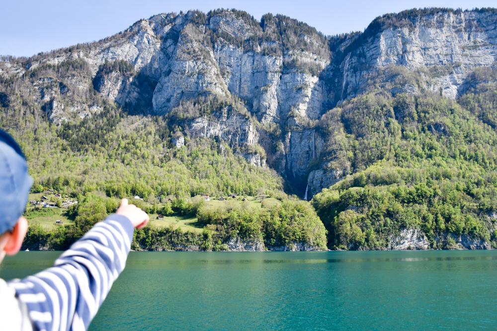 Spielerlebnis Walensee Heidiland Schweiz Seerenbach Wasserfälle