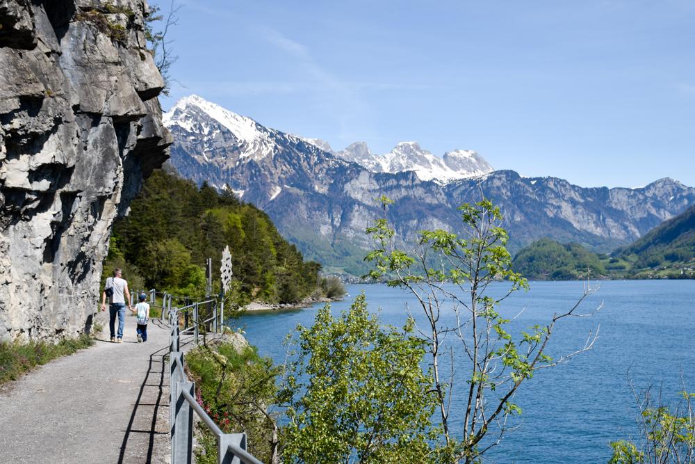 Spielerlebnis Walensee Heidiland Schweiz Themenweg zwischen Quinten und Au