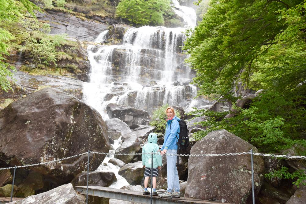 Ausflugstipp Tessin Kugelbahn Wanderung BoBosco Verzascatal Schweiz Wasserfall Überquerung