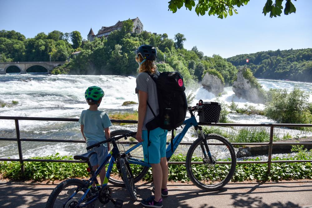 Familienroute Bodensee Rhein Bad Ragaz bis Schaffhausen Fahrradtour Schweiz Rheinfall Schaffhausen