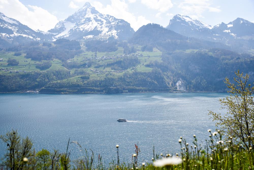 Themenwanderung Walensee Betlis Schweiz Amdo Mungg und Walis Schatz Aussicht Walensee