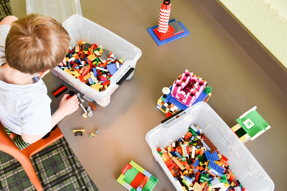 Unterkunftstipp Hotel Dorint Blüemlisalp Beatenberg Interlaken Schweiz Spielzimmer Lego
