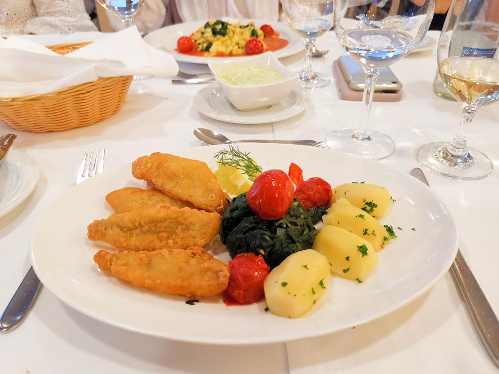 Hoteltipp Walensee Schweiz Quarten Hotel Neu-Schönstatt Abendessen