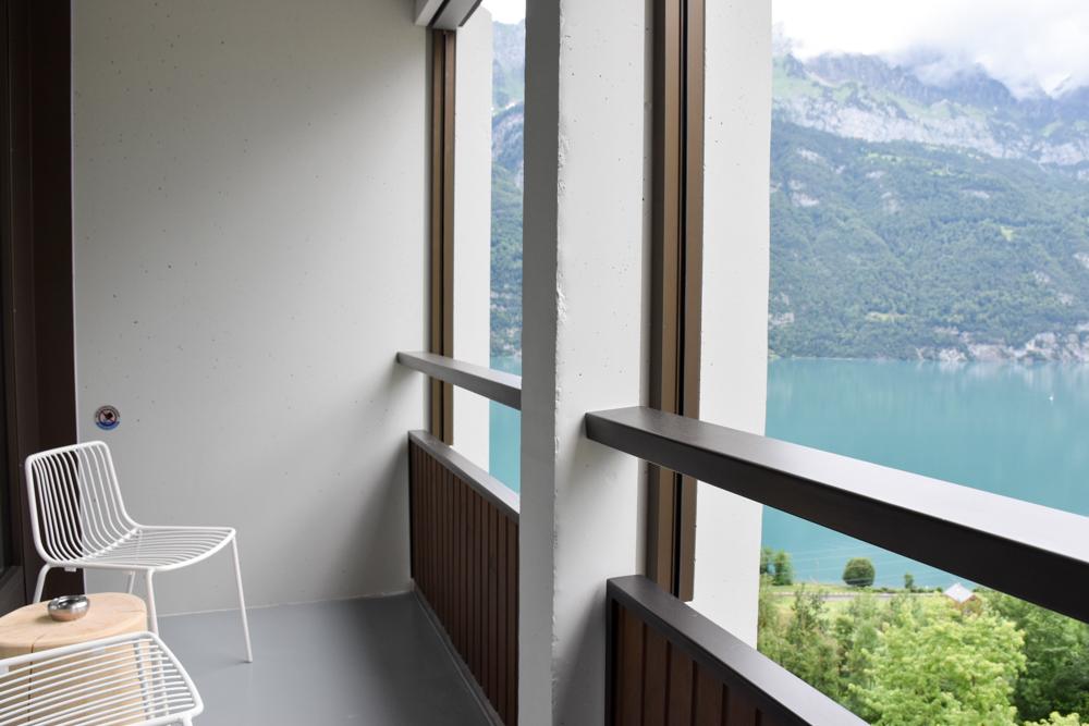 Hoteltipp Walensee Schweiz Quarten Hotel Neu-Schönstatt Balkon mit Blick über den Walensee