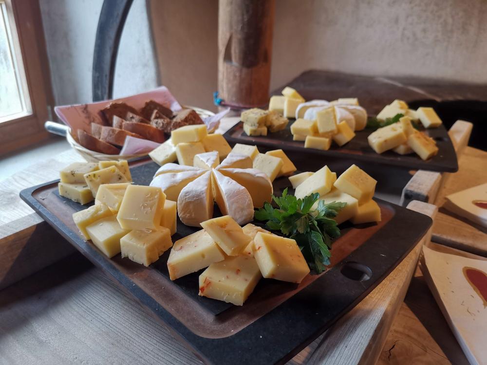 Hoteltipp Walensee Schweiz Quarten Hotel Neu-Schönstatt Käsedegustation Alpkäserei Flumserberg