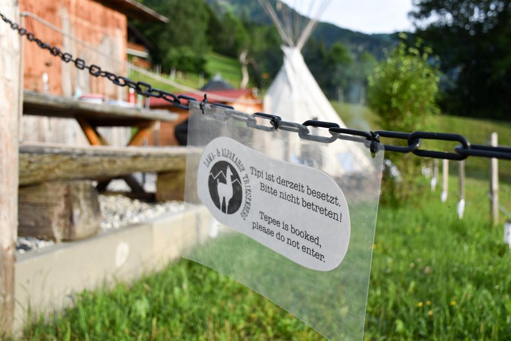 Lamatrekking Tipi Übernachtung Liechtenstein Tipi besetzt