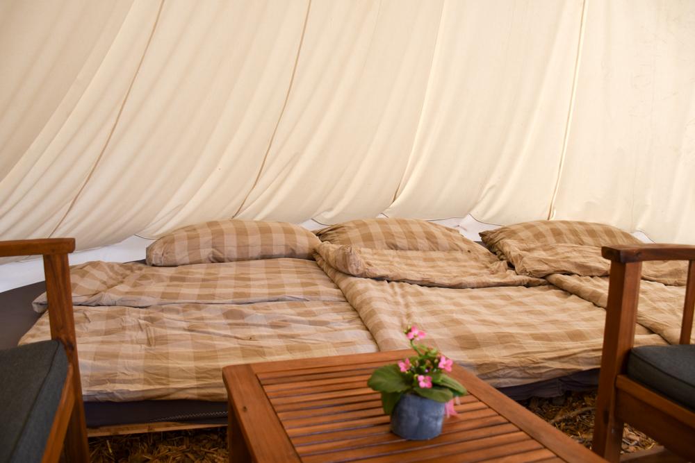 Lamatrekking Tipi Übernachtung Liechtenstein bequemes Bett