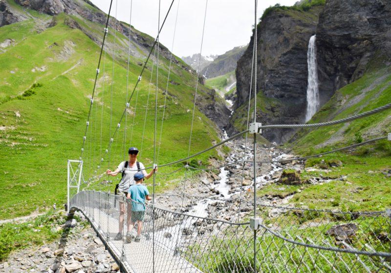 Ausflugstipp Wanderung Wasserfallarena Batöni Heidiland Schweiz