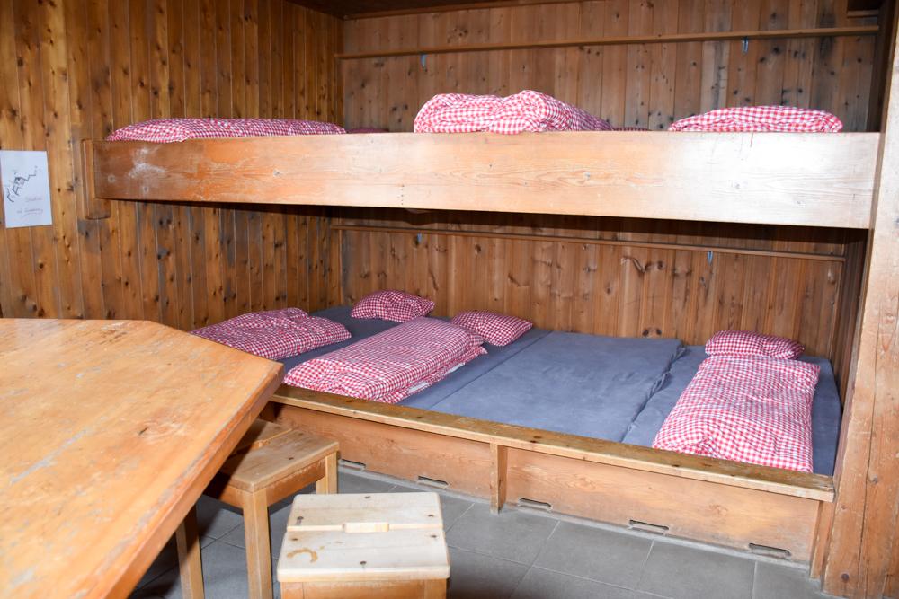 Carschinahütte SAC mit Kindern Prättigau Graubünden Schweiz unser Zimmer