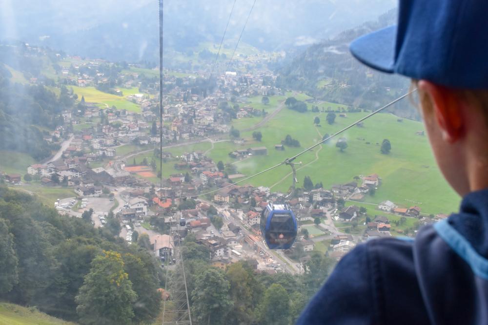 Ausflugstipp Madrisa Klosters Prättigau Graubünden Schweiz Madrisabahn Blick auf Klosters